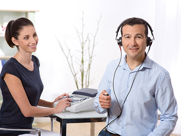 MA 28 Audiometer with AC & BC